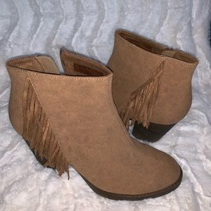 Ariat Shoes - Ariat Unbridled Brown Fringe Bootie